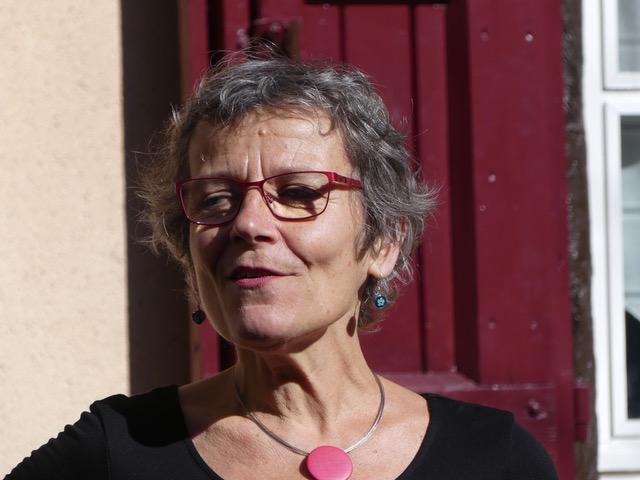 Cécile Douillet - Portrait