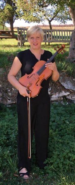 Jennifer Lutter - portrait - alto - violon - Ateliers Musicaux